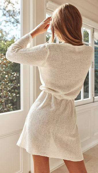 White Surplice Withdraw Knit Dress