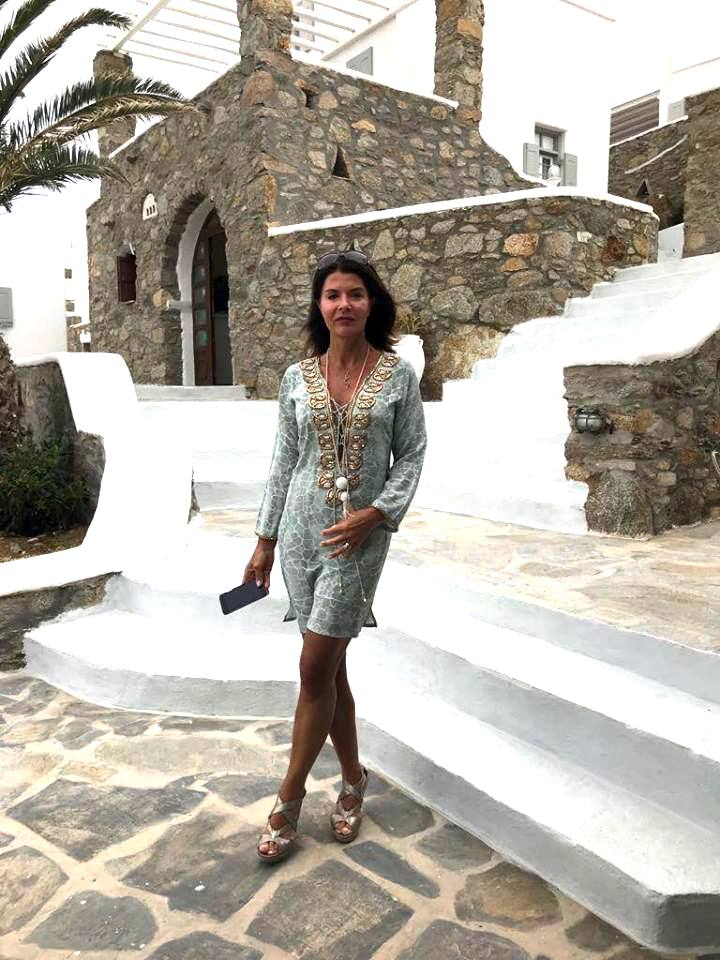 "Luxury Travel Guru - Lara Haworth - Talks "" My Mykonos"""
