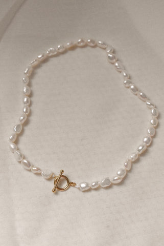 Tia Mini Pearl Necklace