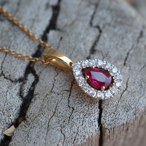 18ct Yellow Gold Ruby & Diamond Pendant Necklace