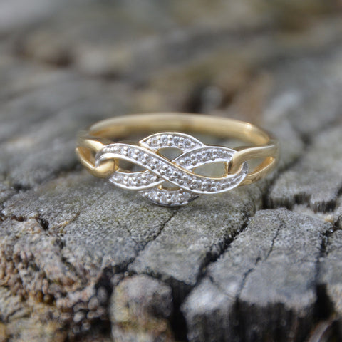 9ct Yellow Gold Diamond Dress Ring