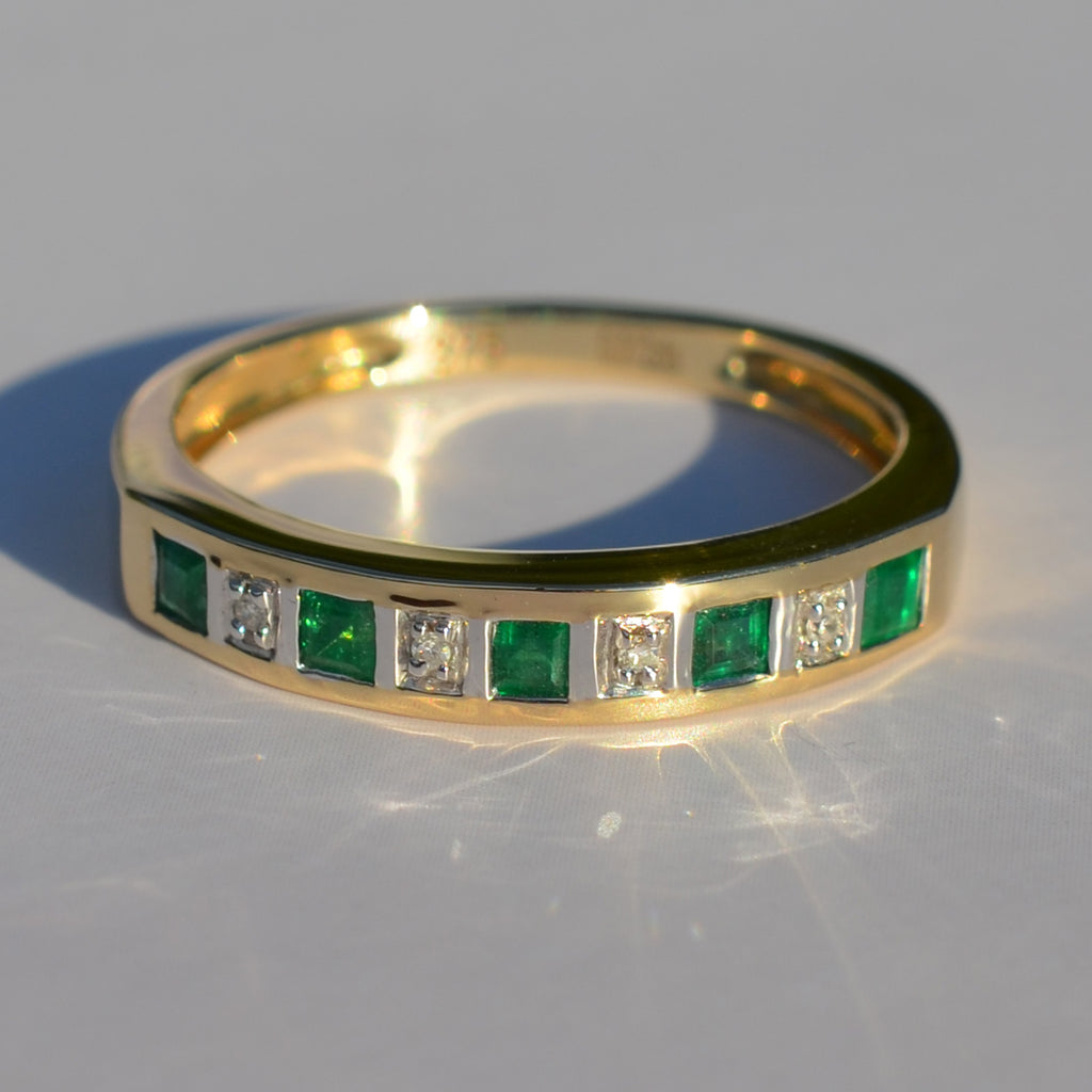 9ct Yellow Gold Emerald & Diamond Eternity Ring
