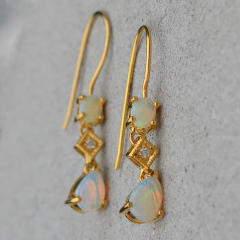9ct Yellow Gold Opal & Diamond Drop Earrings
