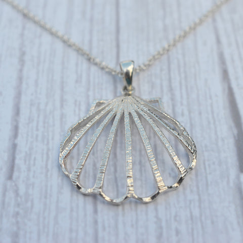 Sterling Silver Large Clam Shell Pendant Necklace