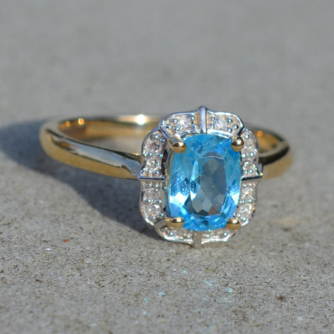 9ct Yellow Gold Blue Topaz & Diamond Cluster Ring