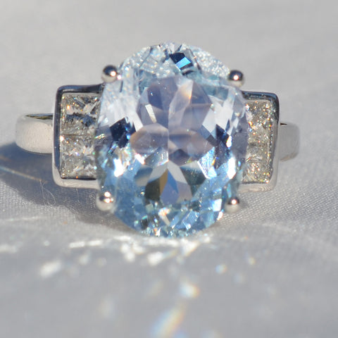 Secondhand White Gold Aquamarine & Diamond Art-Deco Style Ring