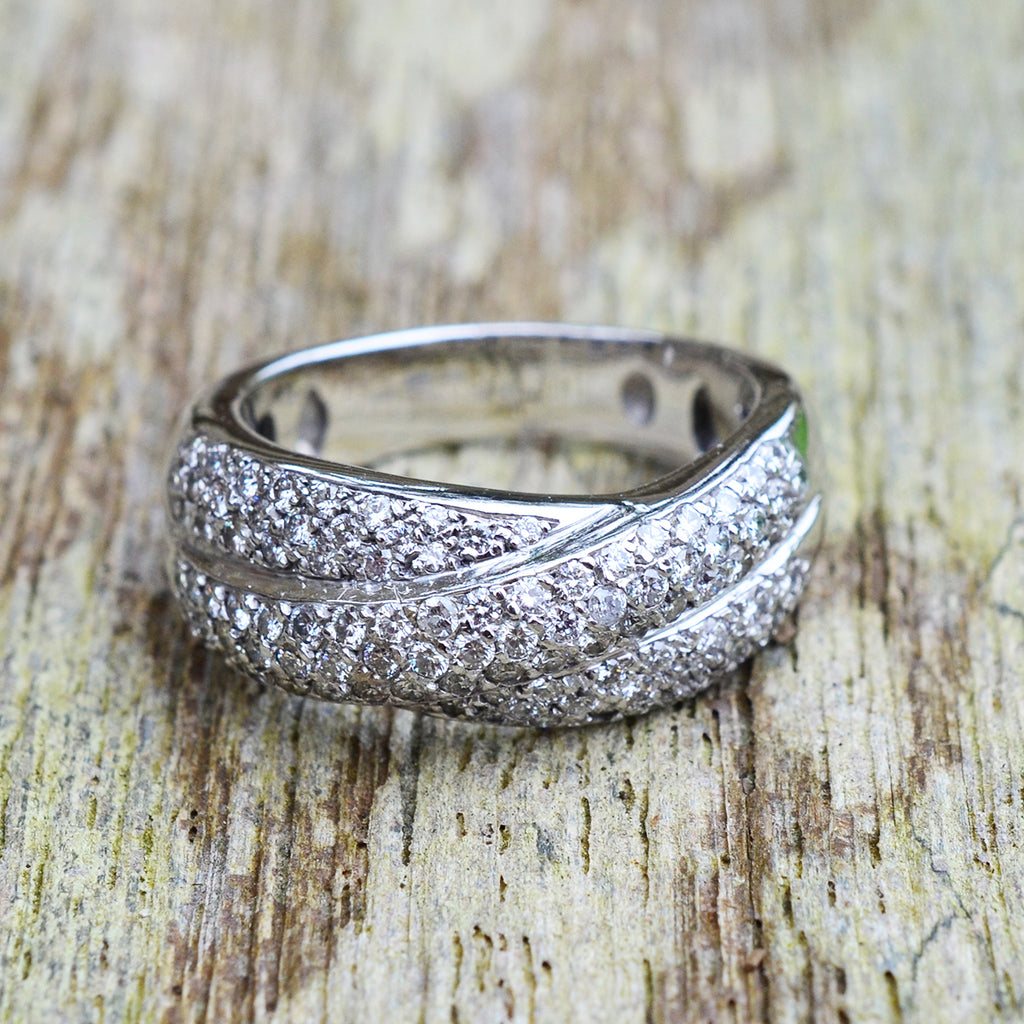 Secondhand White Gold Diamond Crossover Ring