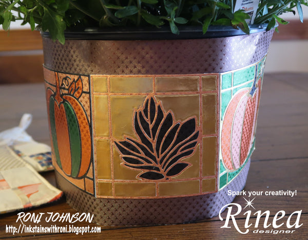 Rinea Autumn Flower Wrap with Roni Johnson