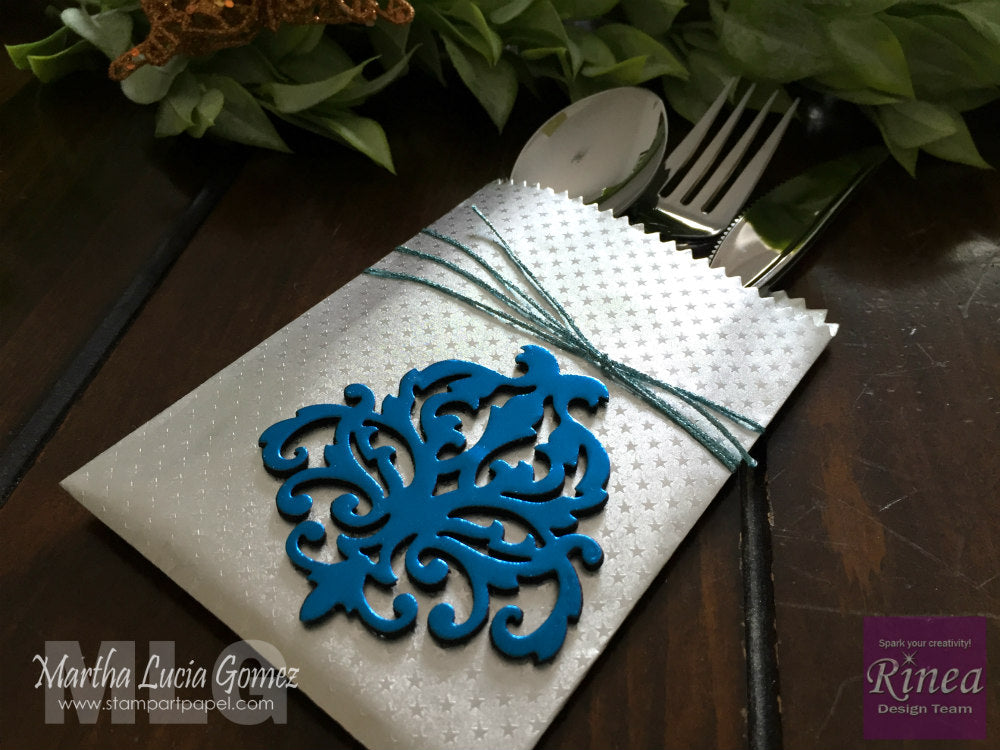 Table Decorations with Foiled Paper