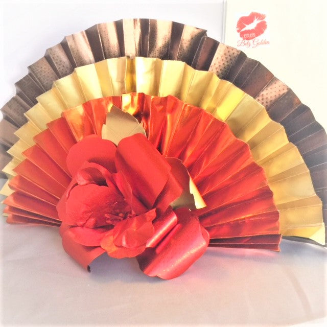 DIY Thanksgiving Centerpiece with Rinea Foiled Paper