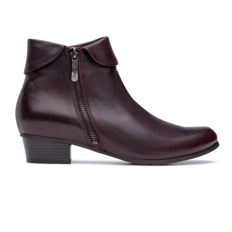 Stefany Lat Zip Boot Wine