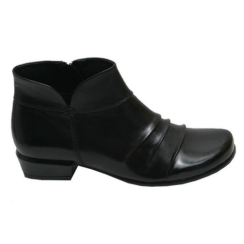 MELANY-07-Black Boot