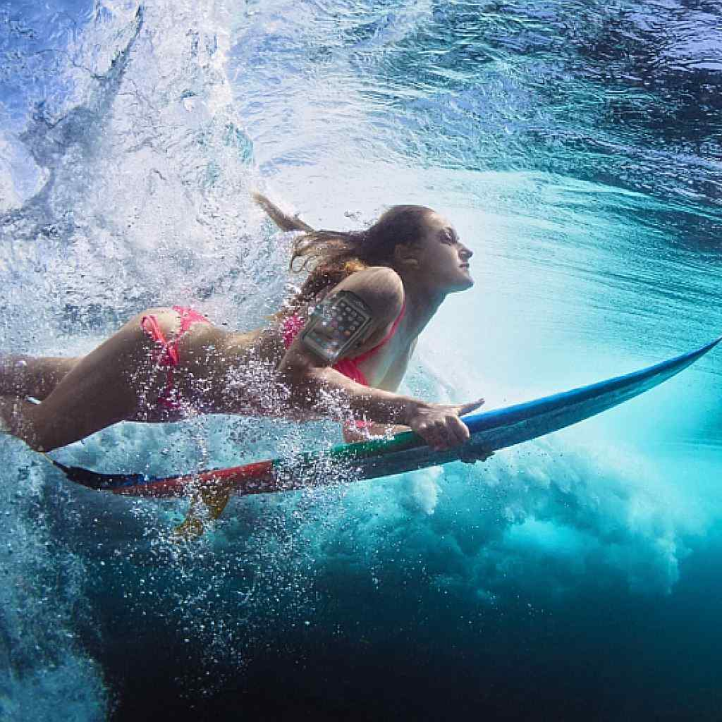 surf with phone, Aqua waterproof carrier iphone SE