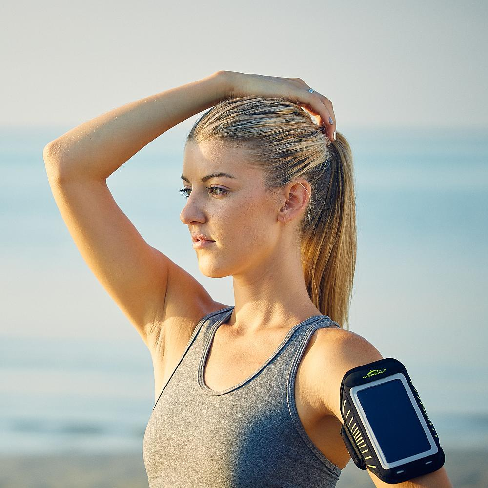 sleek fitness arm band for iPhone 6
