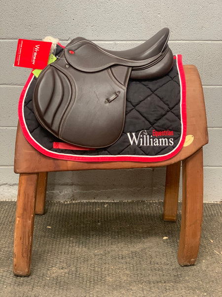 John Whitaker Overton GP/Jump Saddle