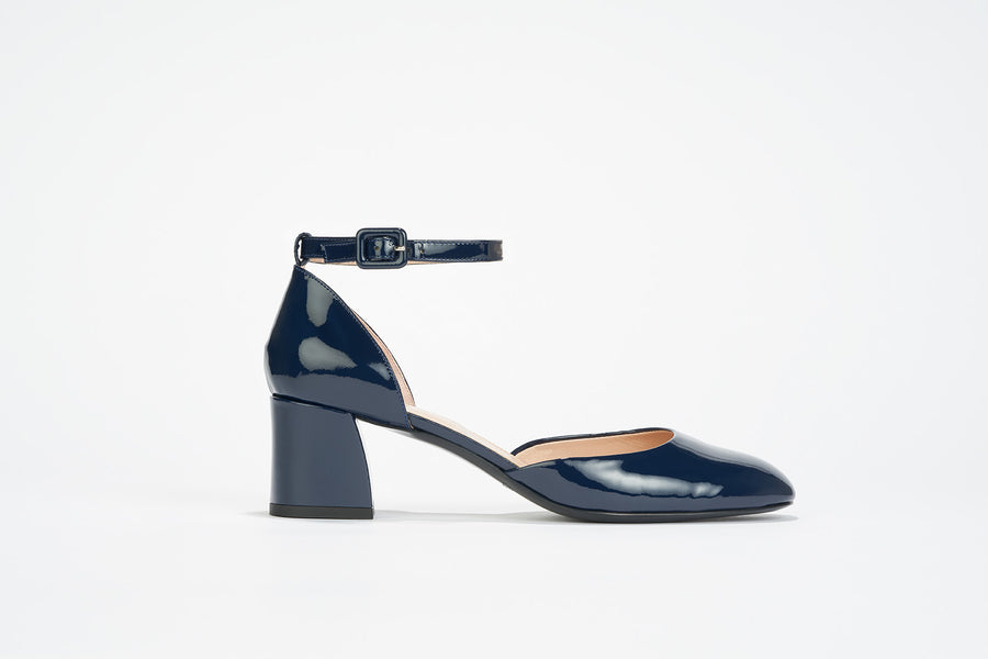 navy blue patent leather Mary Jane pump