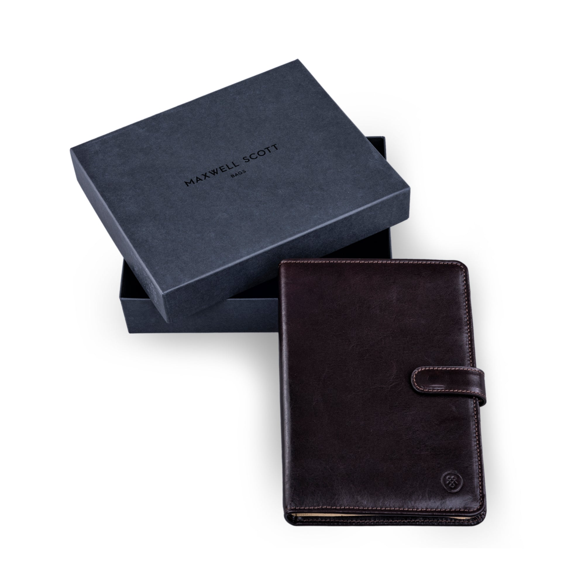 Image 5 of the Chocolate Leather Address book