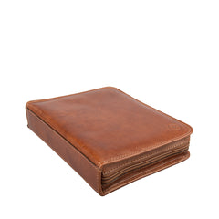 Image 4 of the 'Atella' Chestnut Veg-Tanned Leather Watch Presentation Case