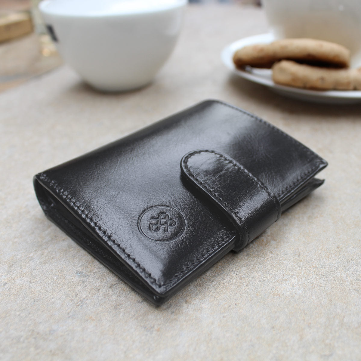 Image 7 of the 'Pietre' Brown Veg-Tanned Leather Compact Wallet