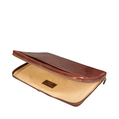 Image 5 of the 'Bovino' Chestnut Tan Veg-Tanned Leather 14 inch Laptop Case