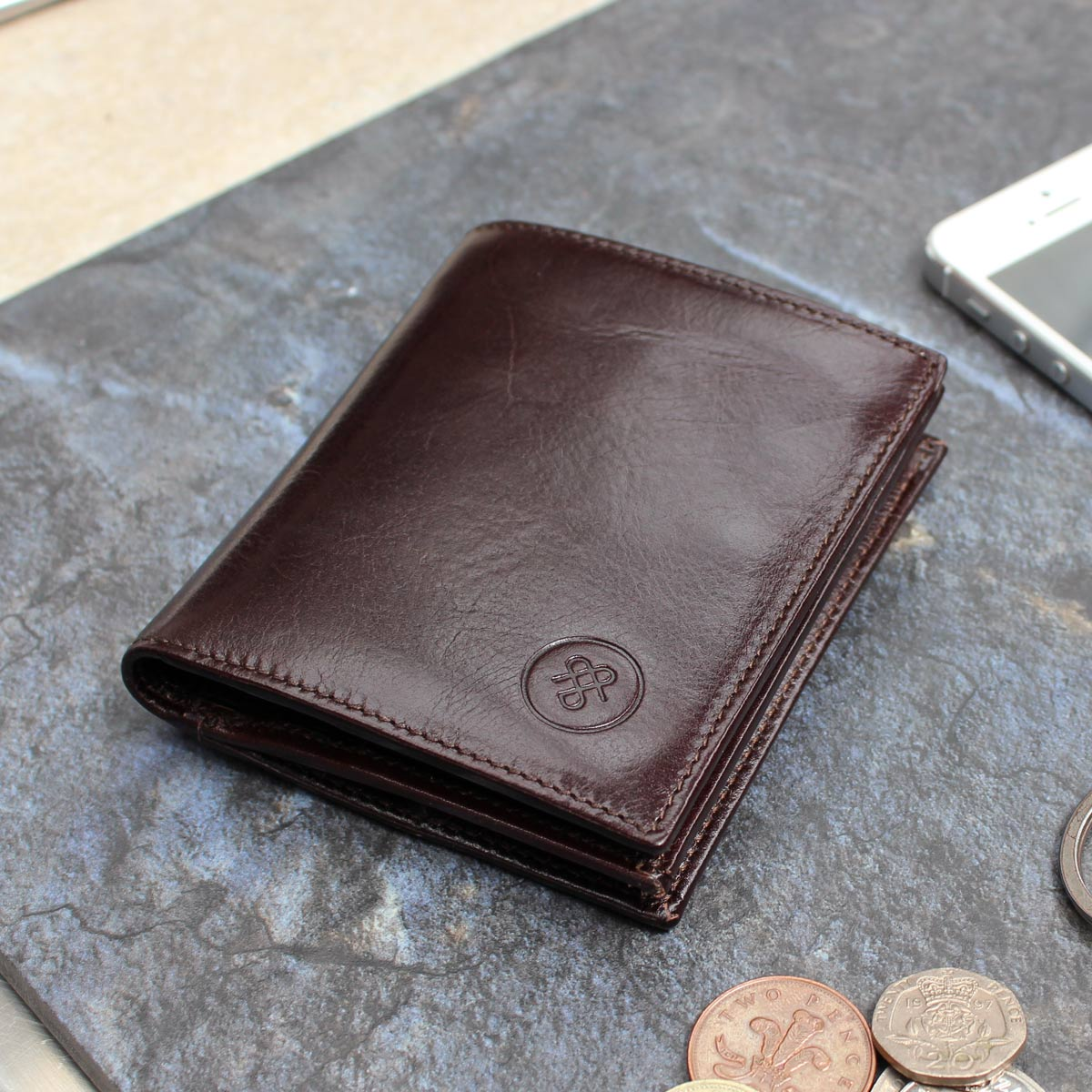Image 8 of the 'Rocca' Dark Chocolate Veg-Tanned Leather Wallet