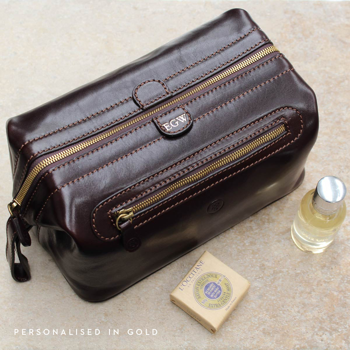 Image 8 of the 'Duno L'  Brown Veg-Tanned Leather Wash Bag