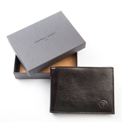 Image 7 of the 'Gallucio' Black Veg-Tanned Leather Mens Tri Fold Wallet