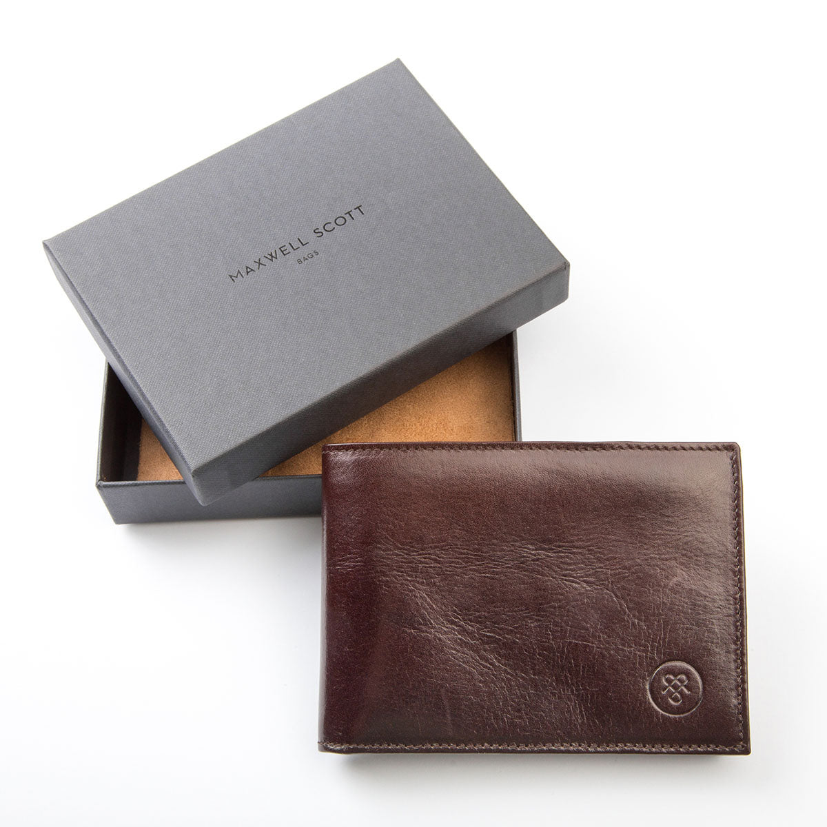 Image 7 of the 'Gallucio' Brown Veg-Tanned Leather Tri Fold Wallet
