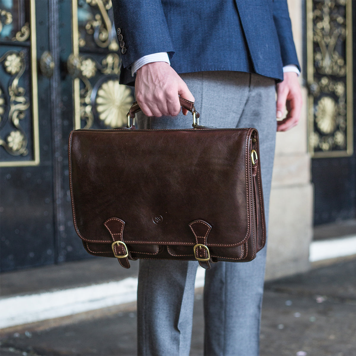 Image 8 of the 'Jesolo Tre' Chestnut Veg-Tanned Leather Satchel
