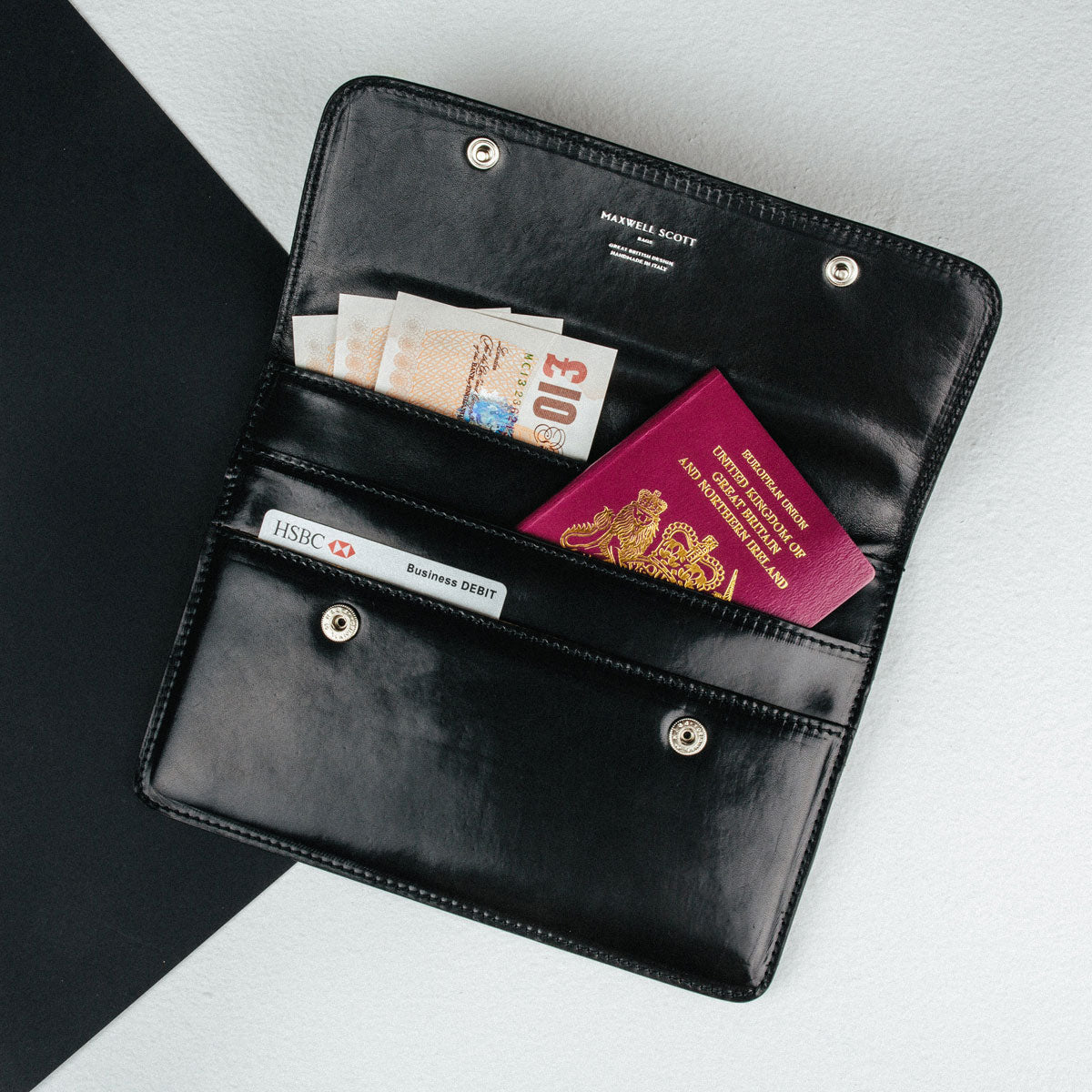 Image 6 of the 'Torrino' Black Veg-Tanned Leather Travel Wallet