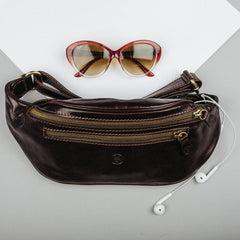 Image 5 of the 'Centolla' Dark Chocolate Veg-Tanned Leather Waist Bag