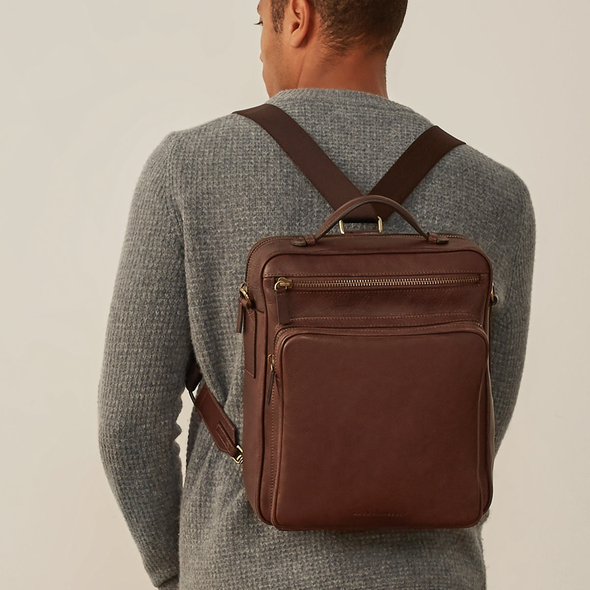 Image 9 of the 'SantinoL' Men's Brown Leather Convertible Backpack Shoulder