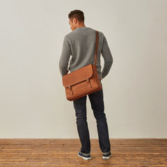 Image 8 of the 'Ravenna' Men's Leather Classic Satchel Bag
