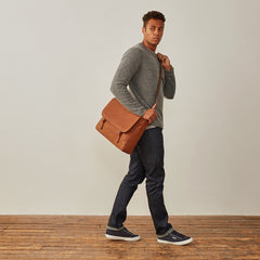 Image 7 of the 'Ravenna' Men's Leather Classic Satchel Bag