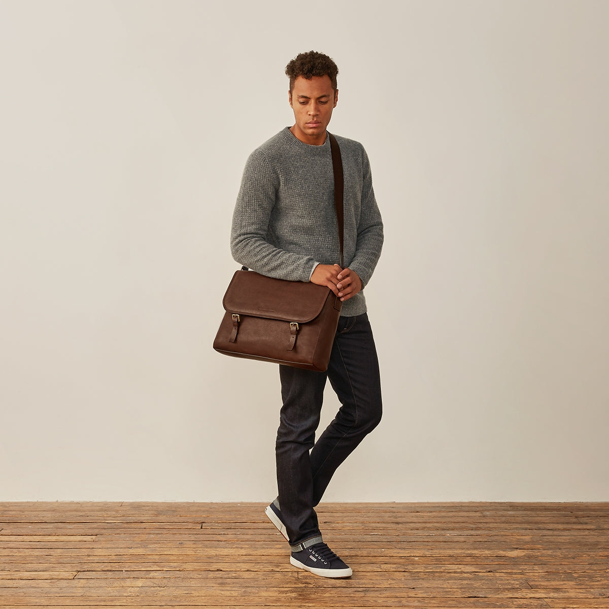 Image 8 of the 'Ravenna' Brown Leather Classic Men's Satchel Bag