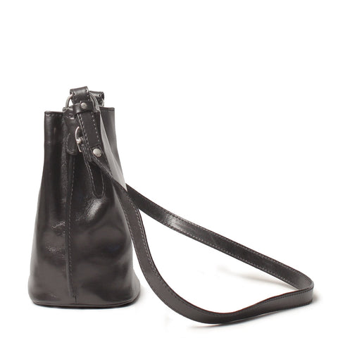 Image 2 of the 'Palermo' Women's Black Leather Bucket Bag