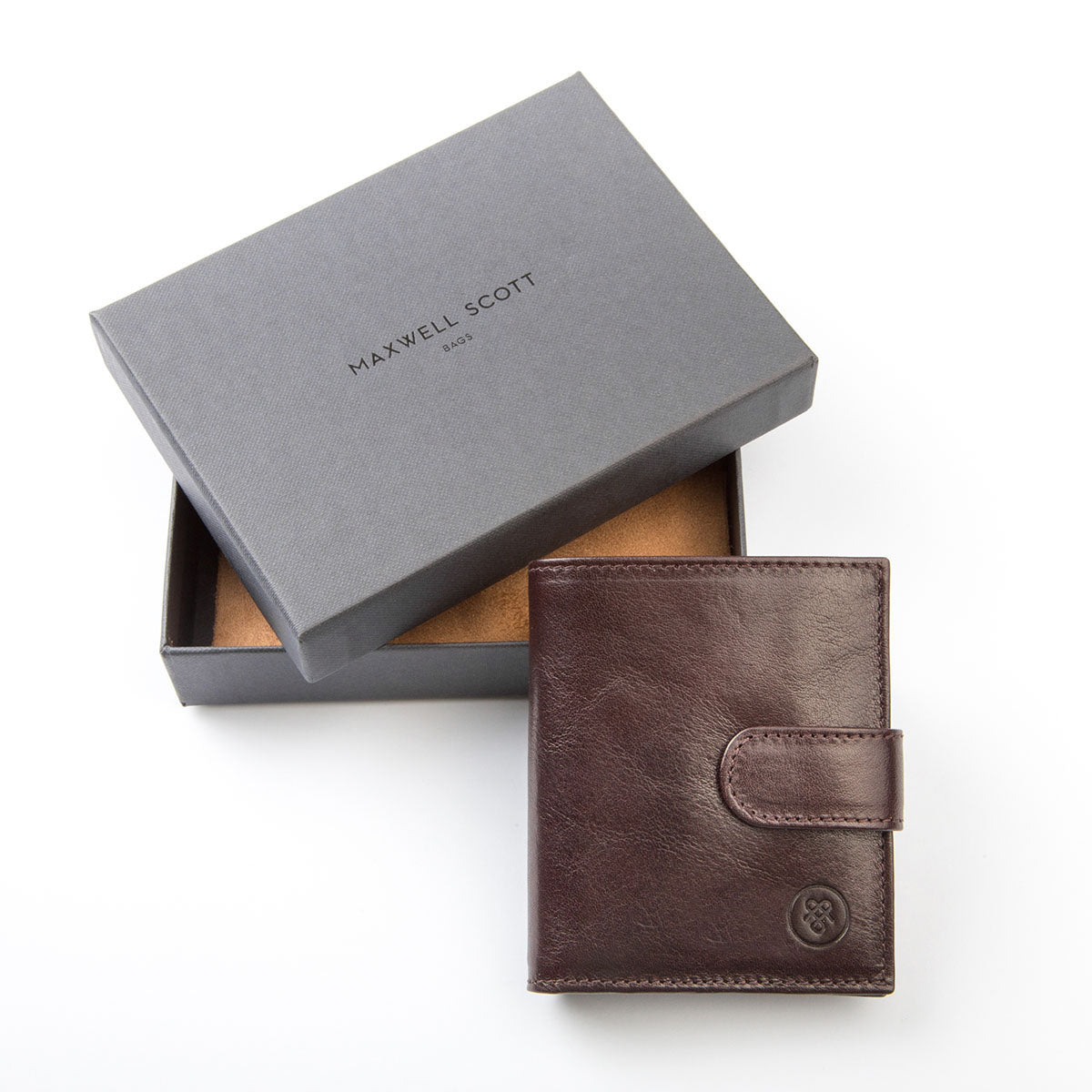 Image 8 of the 'Pietre' Brown Veg-Tanned Leather Compact Wallet