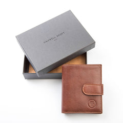 Image 7 of the 'Pietre' Chestnut Veg-Tanned Leather Compact Wallet