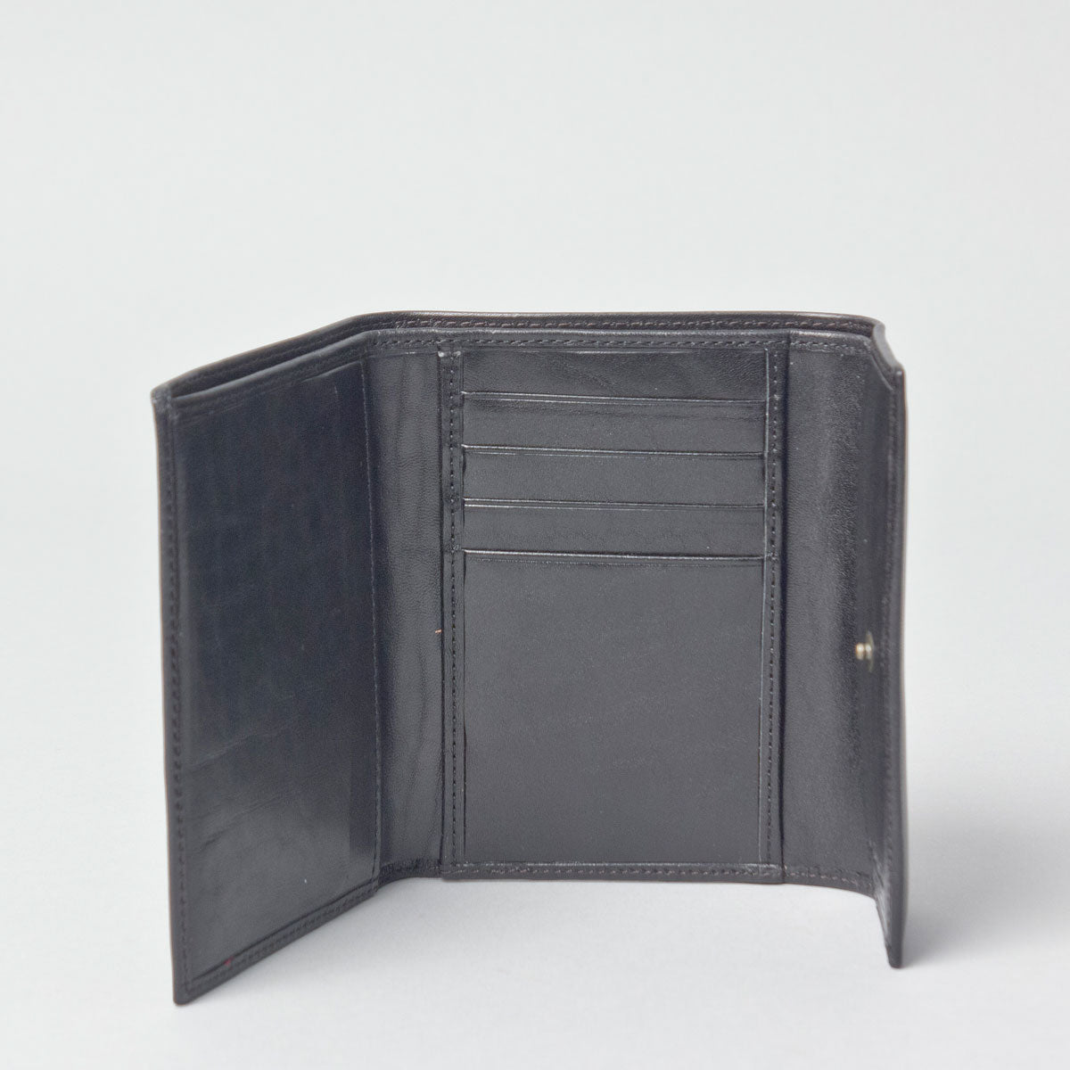 Image 1 of the 'Cetona' Black Veg-Tanned Multipurpose Wallet