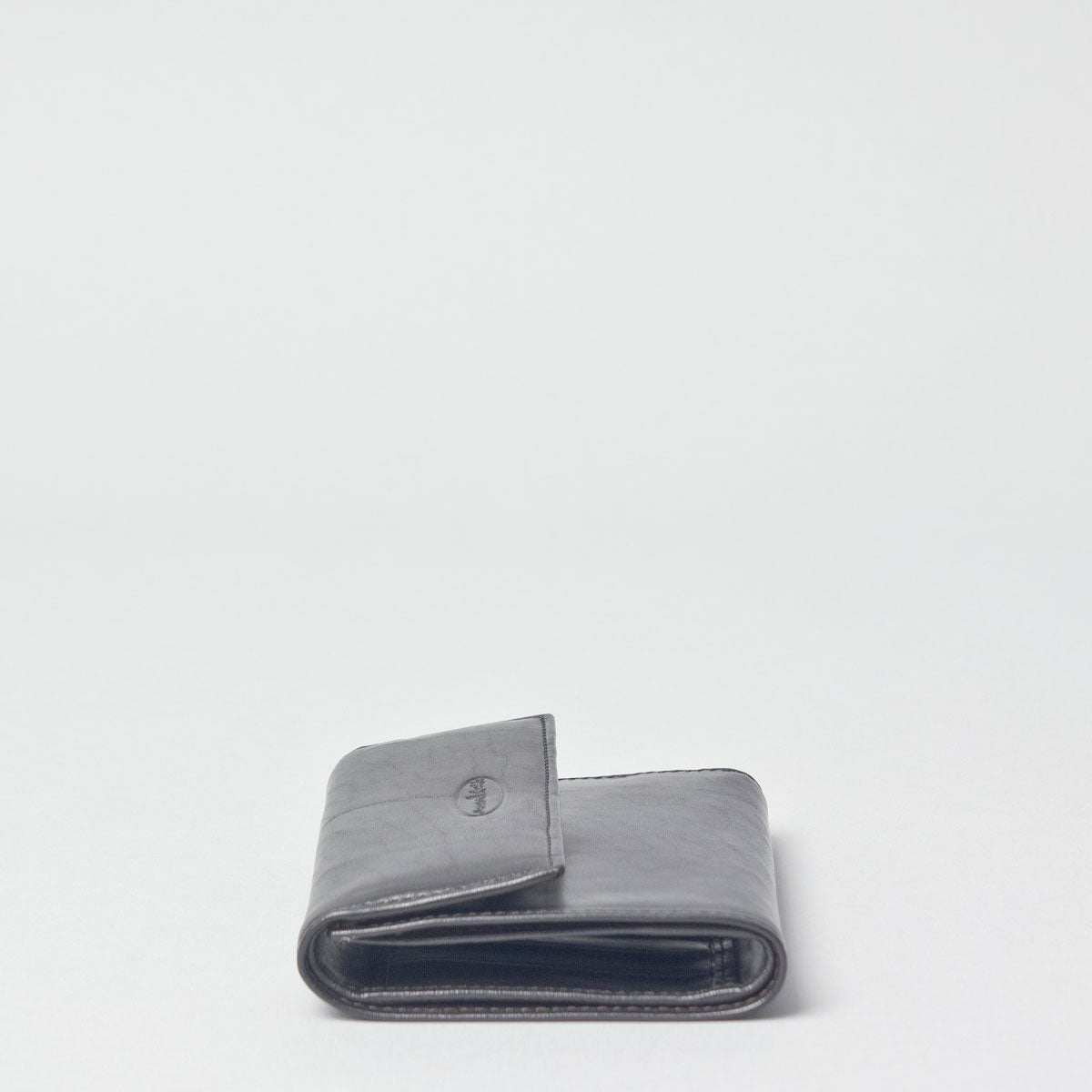 Image 4 of the 'Cetona' Black Veg-Tanned Multipurpose Wallet