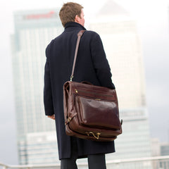 Image 7 of the 'Rovello' Chestnut Veg-Tanned Leather Suit Carrier