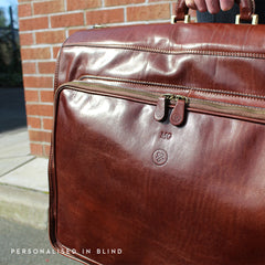 Image 8 of the 'Rovello' Chestnut Veg-Tanned Leather Suit Carrier