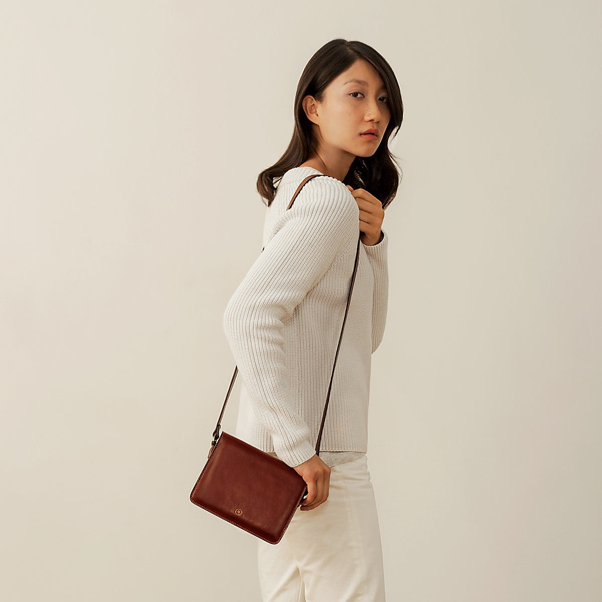 Image 9 of the 'Lucca' Small Chestnut Veg-Tanned Leather Handbag