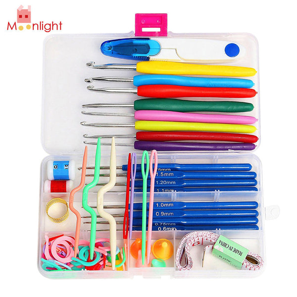 Crochet Tool Set with 16 Sizes of Crochet Hooks PLUS Other Supplies