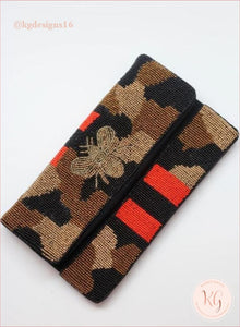 Camo Bumble Seed Bead Crossbody Clutch
