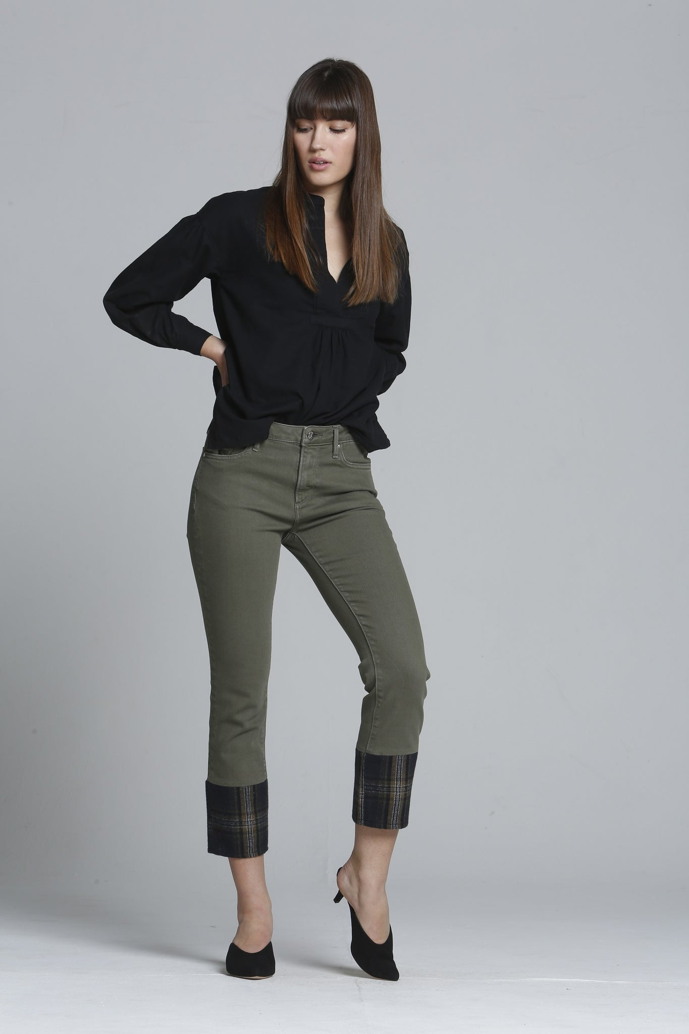 Colette Straight Crop - Moss Plaid