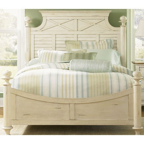 Ocean Bisque Natural Pine Queen Bed