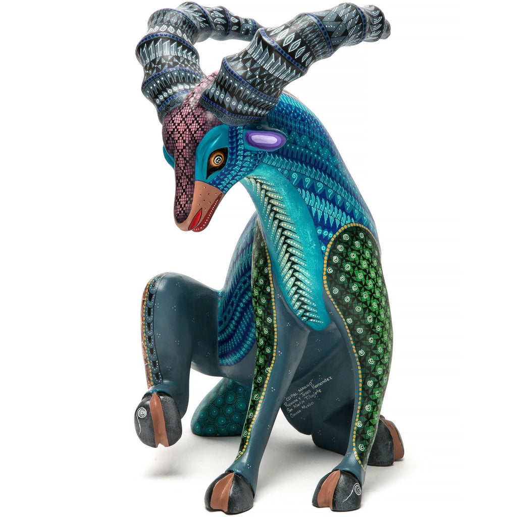 Espiritu de Jade / Woodcarving Alebrije Mexican Folk Art Sculpture