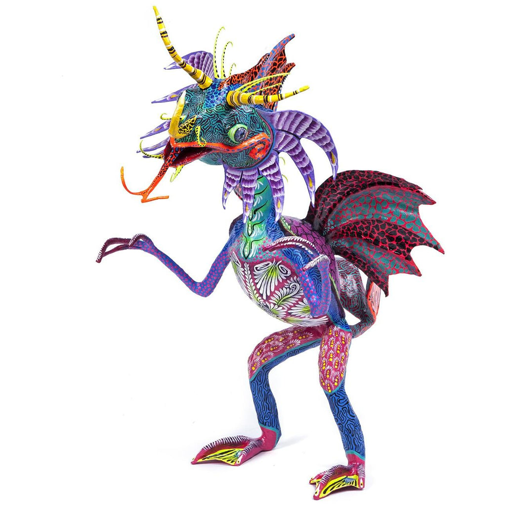 Alebrije / Mexican Folk Art Carton Sculpture