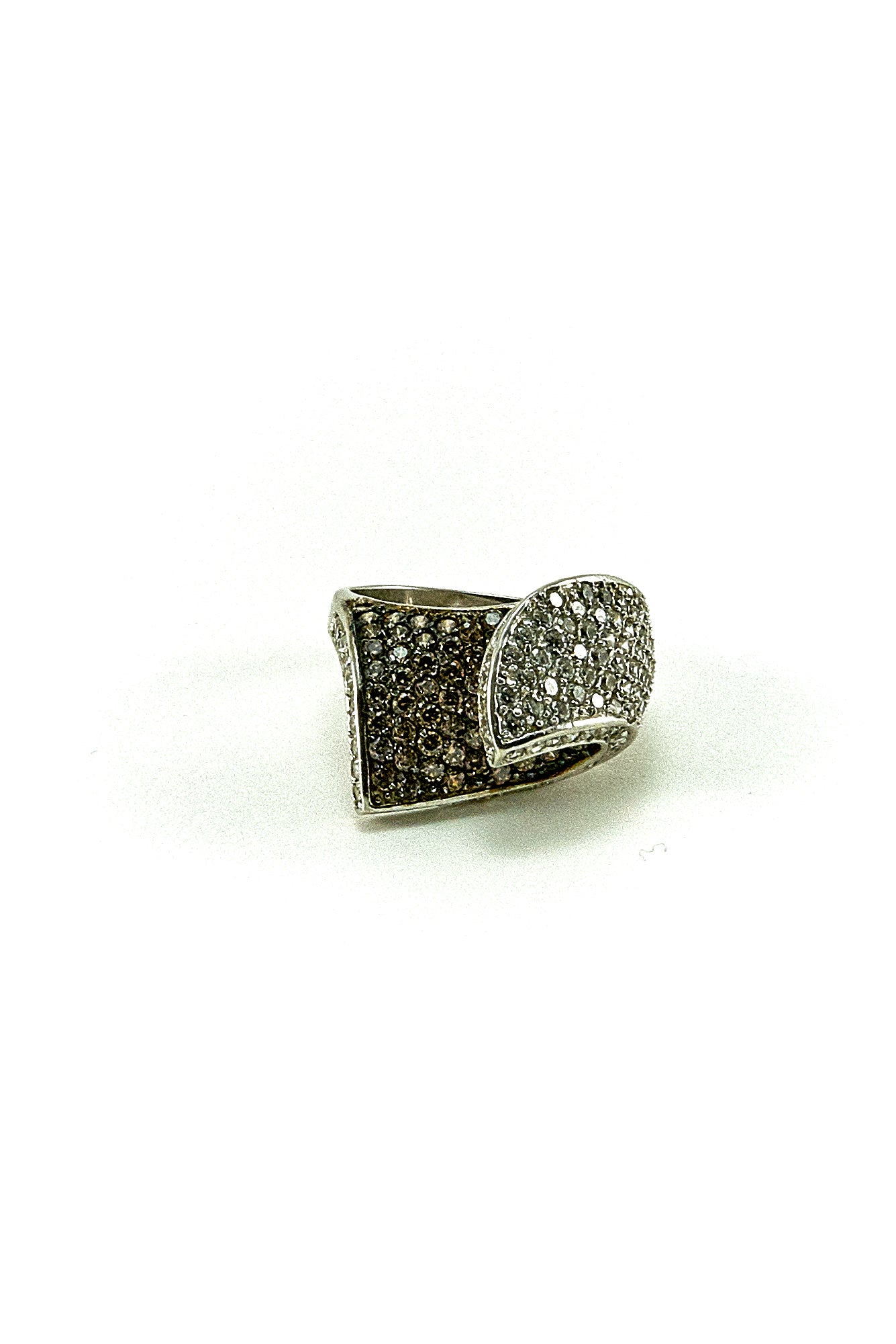 18K  WHITE AND BROWN DIAMOND COCKTAIL RING